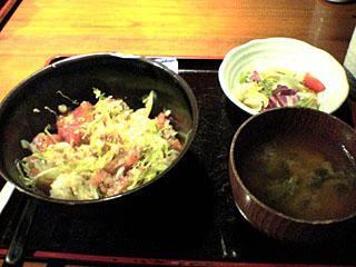 沖縄名物 タコライス和風丼ぶり