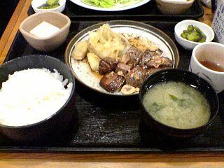 サイコロステーキ定食