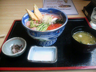 海鮮三昧丼