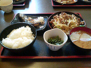 スタミナ炒め定食