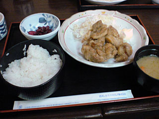 香り鶏の唐揚げ定食
